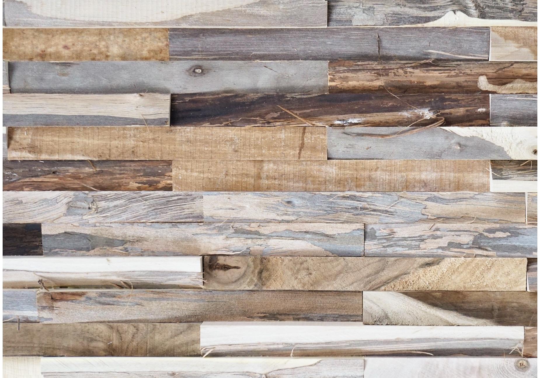 Een wand met Bondruka nut memory natural uit Causeway Stones collectie